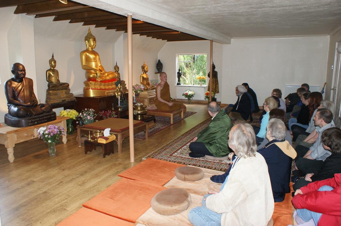2009 Faiths Trail - Buddhist Centre Warwick